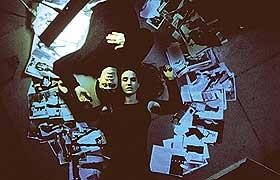 PÅ VEI NED:  Harry (Jared Leto) og Marion (Jennifer Connelly) mister sammen kontrollen over sine liv og stoffet i urovekkende gode «Requiem For a Dream».