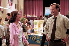 EIER INNVOLLENE: Bill Murray som Frank i «Osmosis Jones», her med frøken Boyd (Molly Shannon).