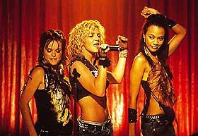 KARAOKE: Gjett hvem som plutselig kan synge og opptre som en profesjonell? Kan det være Britney?