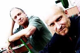 BLUES BROTHERS:  K�re Virud og Lars Saabye Christensen fant hverandre for ti �r siden og har v�rt bluesbr�dre siden.