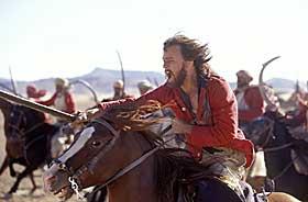 HVIT OG TAPPER: Heath Ledger, alias Harry Feversham, på vei for å redde vennene og sin egen ære.