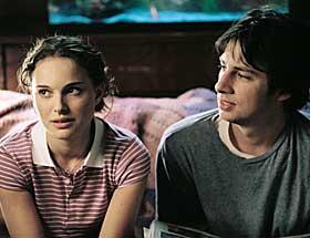 FORELSKET: Sam (Natalie Portman) og Andrew (Zach Braff) forelsker seg fra første øyeblikk.