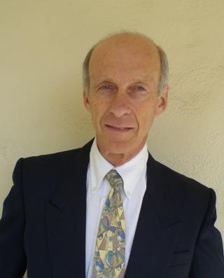 STRIDENS EPLE: Den amerikanske forskeren Simon LeVay har studert forskjeller i hjernene til homofile og heterofile menn.