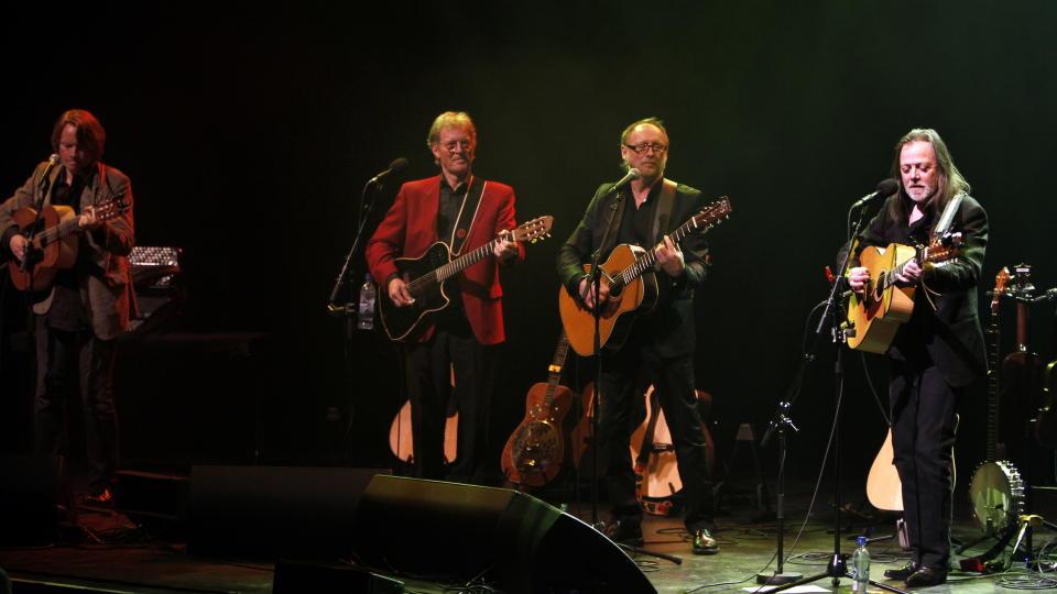 Gitarkameratene Øystein Sunde, Jan Eggum, Lillebjørn Nilsen og Halvdan Sivertsen  Foto: Tom E. Østhuus