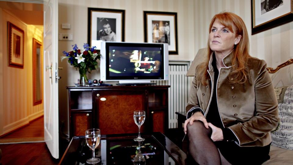 GJESTER SKAVLAN: Sarah Ferguson kommer til Oslo denne uka i forbindelse med innspillingen av Fredrik Skavlans talkshow. Her er hun på Grand Hotel i juni i fjor. Foto: Lars Eivind Bones