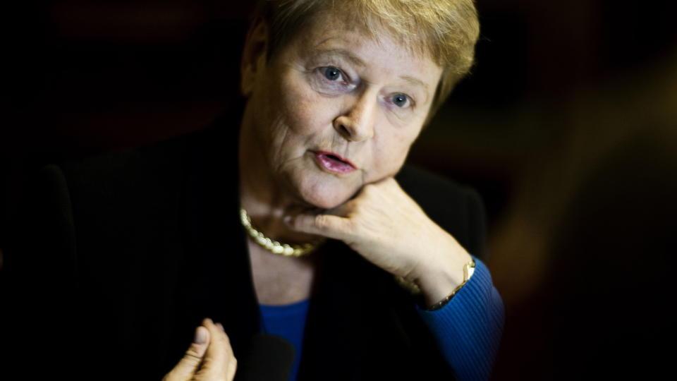 ROSER JENS OG JONAS: Gro Harlem Brundtland mener dagen i dag er historisk. Foto: Hanne Hvattum/ Dagbladet.
