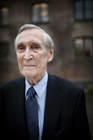 1918 - 2012: Gunnar Snsteby gikk bort i gr, 94 r gammel. 