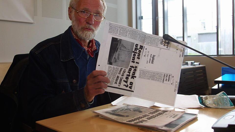 GIKK BORT I G�R: Kjell Fj�rtoft ble 80 �r gammel. Fj�rtoft gjorde seg bemerket med sine b�ker om norsk krigshistorie. Foto: Jan-Morten Bj�rnbakk, SCANPIX