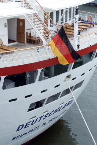 TYSK: �MS Deutschland� tilh�rer det tyske rederiet Dellmann. Foto: REUTERS/Peter Morgan