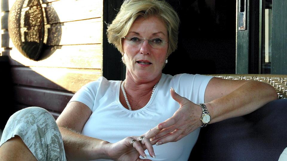 SA OPP: Administrasjonssjef Liv L�berg (60) i Statens Autorisasjonskontor for Helsepersonell (SAFH) sa opp etter at hun overfor sin arbeidsgiver har innr�mmet � ha forfalsket dokumenter om sin bakgrunn.