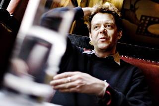 Fan av nakenhet: Morgenbladets kunstkritiker Tommy Olsson. Foto: Adrian Øhrn Johansen