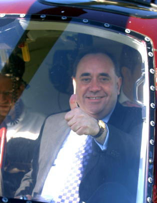 Skottlands ja-general  trekker seg