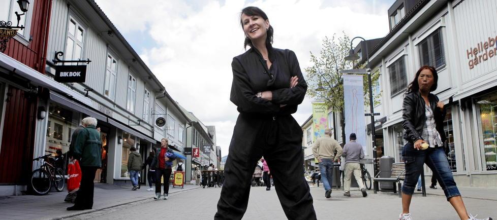 LYKKENS BIVIRKNINGER: Samtidig med at hennes «Jørgen   Anne er sant» har blitt film, ble Vigdis Hjorth i går også tildelt Gyldendalprisen for sitt betydelige forfatterskap. Foto: Lars Eivind Bones