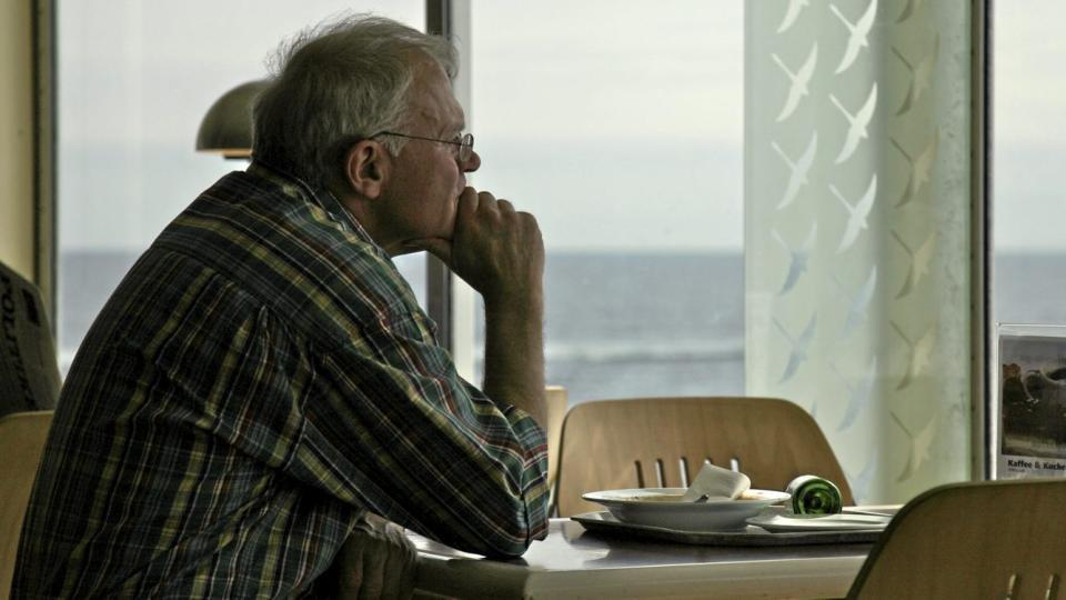 AVHOLD: Gruppen med totalavholdspersoner over 55 �r har st�rst risiko for d�d, fulgt av de med tungt alkoholkonsum.  Illustrasjonsfoto: www.colourbox.com