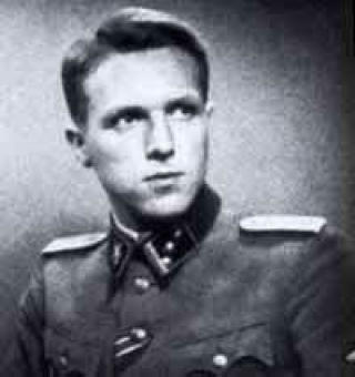 HØYT DEKORERT: Jensen avbildet den gang han var offiser i Waffen-SS under krigen. Som mottaker av Det tyske kors i gull er han den høyest dekorerte av de norske frontkjemperne. Foto: WAFFEN-SS.NO