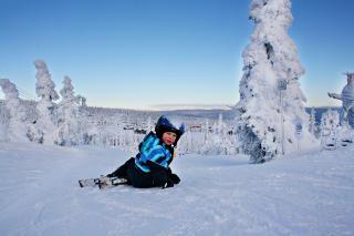 EVENTYRPARKEN:  Et eldorado for ferske slalomkj�rere.  Her er Trysilfjellet p� sitt beste i februar i �r. Foto: Hilde Schjerve/Dagbladet   Foto: Hilde Schjerve / Dagbladet