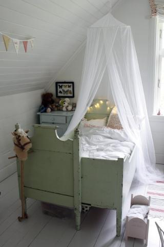 Mali Mo: Et gammelt hus som pusses gir nok av ting � blogge om hos familien p� landet.