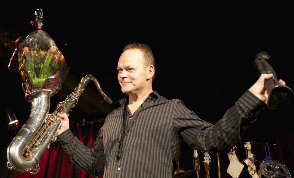 BUDDY:  Karl Seglem ble hedret i Bergen fredag kveld da han fikk Buddyprisen for 2010. Foto: �yvind Sundf�r Stokke-Zahl/Bergen Jazzforum
