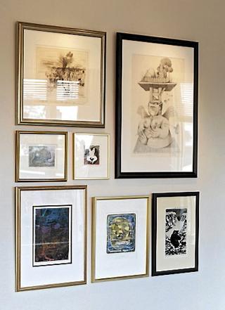 BILDEVEGG: Sett sammen bilder som harmonerer slik som p� denne billedveggen fra ett av interi�rarkitekt Linda Liens prosjekter. Foto: Sveinung Br�then