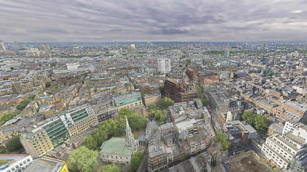 I FOKUS: Fotografen Jeffrey Martin har satt sammen 7886 bilder til et gigantisk panoramabilde over London. Foto: Jeffrey Martin