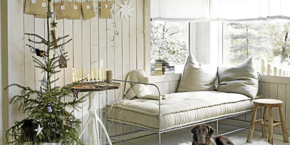 HVIT JUL: Hos stylisten Kirsten Visdal skal julen være helhvit. FOTO: Sveinung Bråthen
