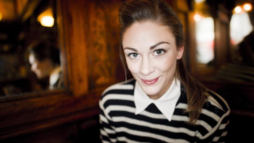 AKTUELL: Jenny Skavlan spiller i to av �rets norske kinopremierer. �Hjelp, vi er i filmbransjen!� har premiere i august, men allerede i januar dukker hun opp i komedien �Tomme T�nner 2: Det Brune Gullet�. Foto: H�kon Eikesdal