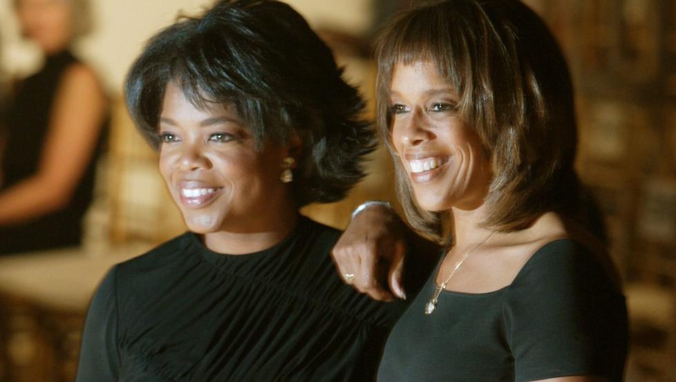 BESTEVENNINNER: Oprah Winfrey og Gayle King er bestevenninner, ikke kj�rester som ryktene vil ha det til. Foto: Jeff Christensen/Reuters/Scanpix