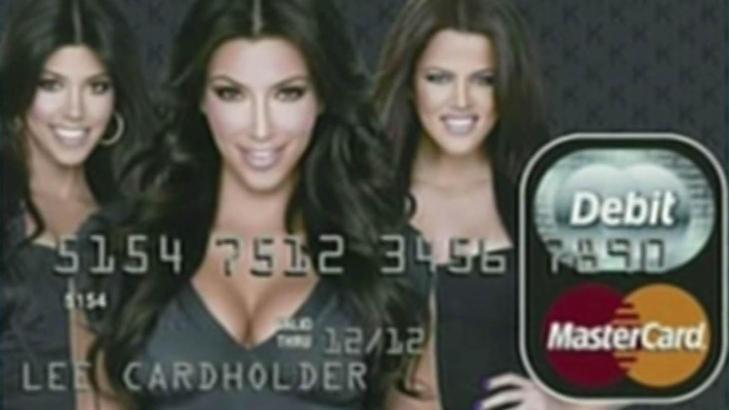 TRAKK SEG: Betalingskort som dette skulle etter planen sirkulere i USA, men Kardashian-s�strene trakk seg. Foto: Stella Pictures