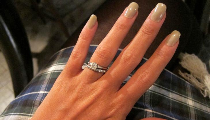 NEGLENE: Var det egentlig den nye manikyren Lily Allen ønsket å vise ...