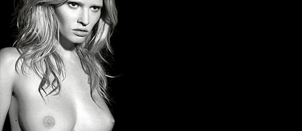 SEXY OG V�GALT: Karl Lagerfeld har tatt bildene til Pirelli-kalenderen 2011.