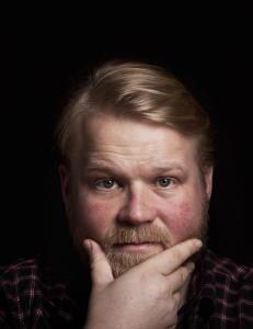 - Gang p� gang blir dyktige skuespillere driti ut i NRK Dramas produksjoner.