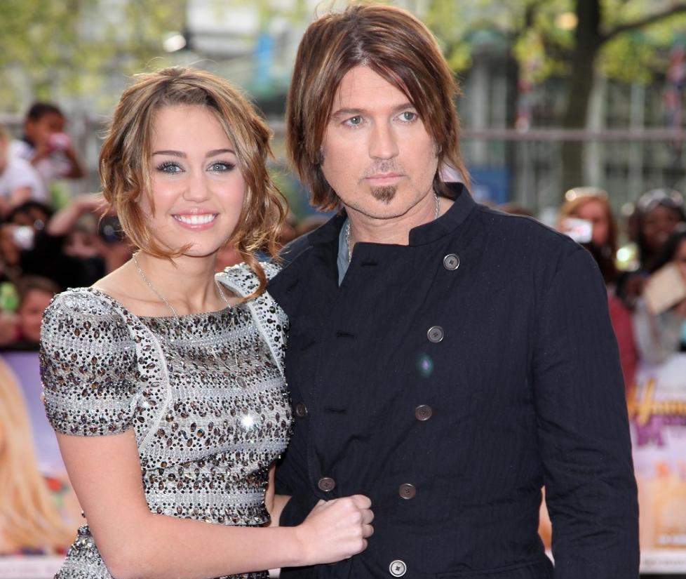 SINT P� DISNEY: Musiker Billy Ray Cyrus langer ut mot Disney-serien Hannah Montana, hvor datteren Miley Cyrus har hovedrollen. Foto: STELLA PICTURES