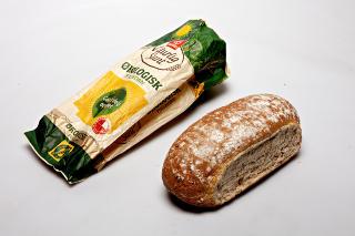 Bakers, Naturlig Sunt �kologisk Fullkorn: Lavere grovhetsprosent enn �nskelig. Dette br�det er dessuten et av dem som inneholder minst fiber av alle.