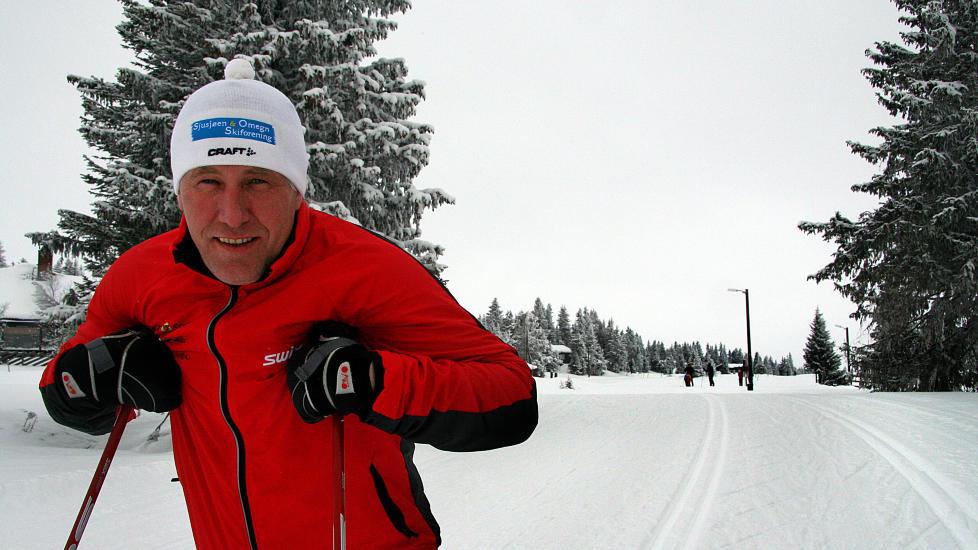 SJUSJ�EN: Vi er Europas beste turskidestinasjon, sier Johannes Hauk�ssveen, l�ypeansvarlig i Sjusj�en & Omegn Skiforening og viser fram l�yper med to spor og plass til sk�yting imellom. Alle foto: KIRSTEN M. BUZZI