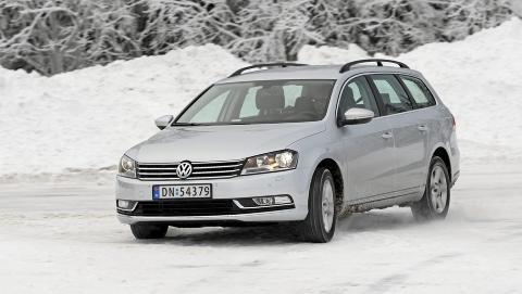 STORE LIKHETER: Teknisk sett er mye likt den forrige VW Passat. Men designen og karosseriet er nytt og VW-moderne. FOTO: Egil Nordlien, HM Foto