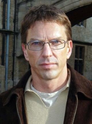 NYE TANKER OM DOPING: Professor Julian Savulescu tror ikke antidopingarbeidet i sin n�v�rende form kommer til � overleve.