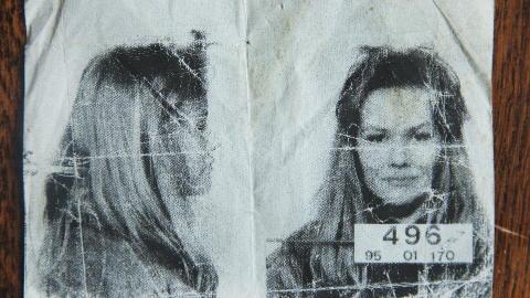 ARRESTERT: Elisabeth Smuk har levd et liv med mye n�rkontakt med politiet.  Foto: Agnete Brun / Dagbladet