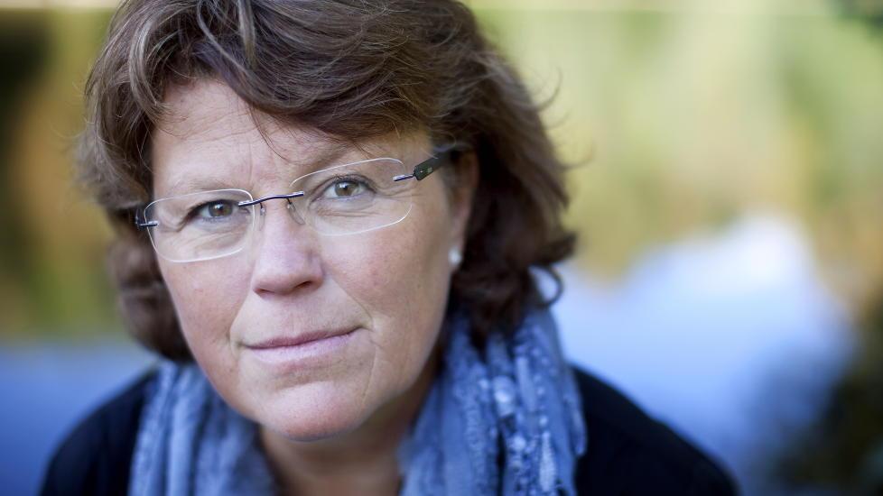 - �ANONYM�: Anne Holt hevder p� sin blogg at hun er forfatteren �Anonym�. Det er det mange som ikke tror p�. Foto: Espen R�st / Dagbladet
