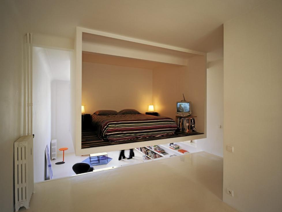 her henger soverommet tema. Black Bedroom Furniture Sets. Home Design Ideas
