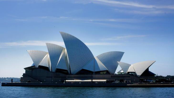 2. PLASS: Operaen i Sydney er et verdensber�mt ikon. N� er byen k�ret til verdens nest beste reisem�l. Foto: NINA RUUD