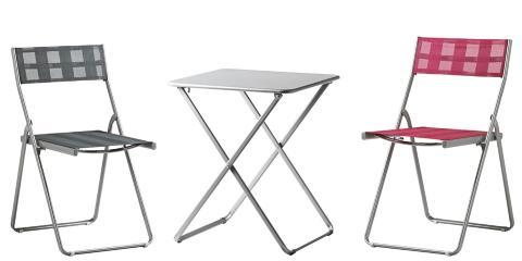 RIMELIGE KLAPPM�BLER: H�r� stol kr 149, bord (60 x 60 cm) kr 195 er blant Ikeas nyheter i �r. Foto: Ikea