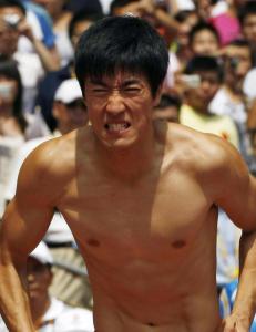 Liu f�lges av alle i helgas toppm�te