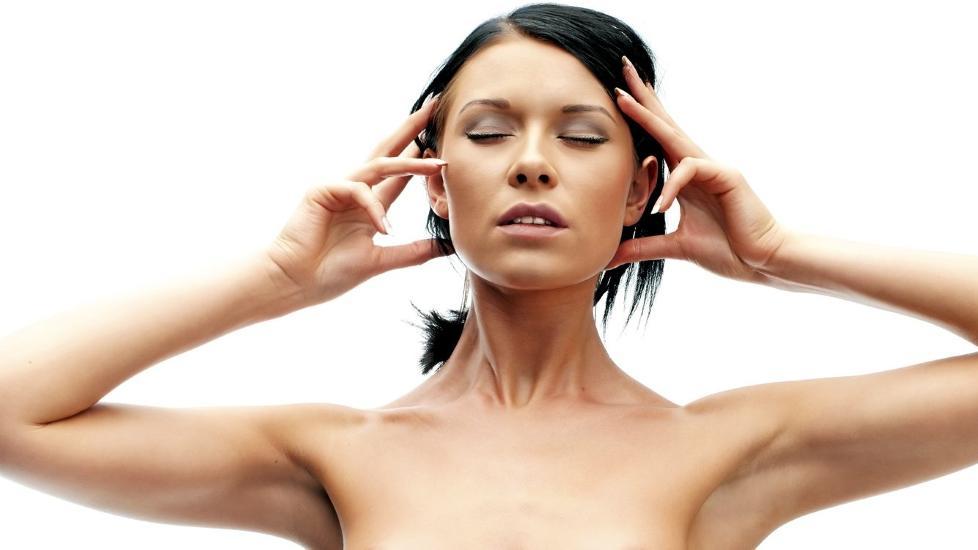 AMALGAMFORGIFTNING: Det er fortsatt mange som har amalgamfyllinger i tennene. Det kan gi oss store helseproblemer, som tretthet, slitenhet, depresjon og plager fra ledd og muskler. Illustrasjonsfoto: www.colourbox.com