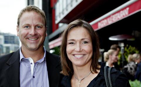 SKRYTER:Susann Goksør Bjerkrheim mener Larvik har stått for en enorm prestasjon. Her med mannen Svein Erik Bjerkrheim. Foto: Nina Hansen / Dagbladet