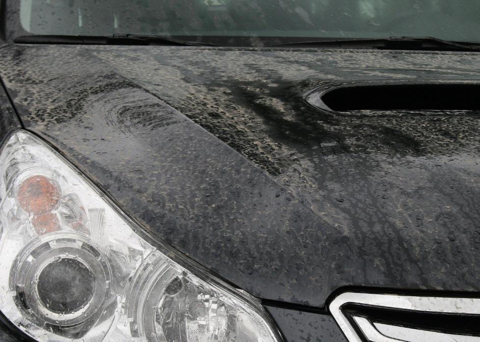 ASKEREGN: Regn med aske faller over Stavanger-omr�det. Foto: Jonas R�d