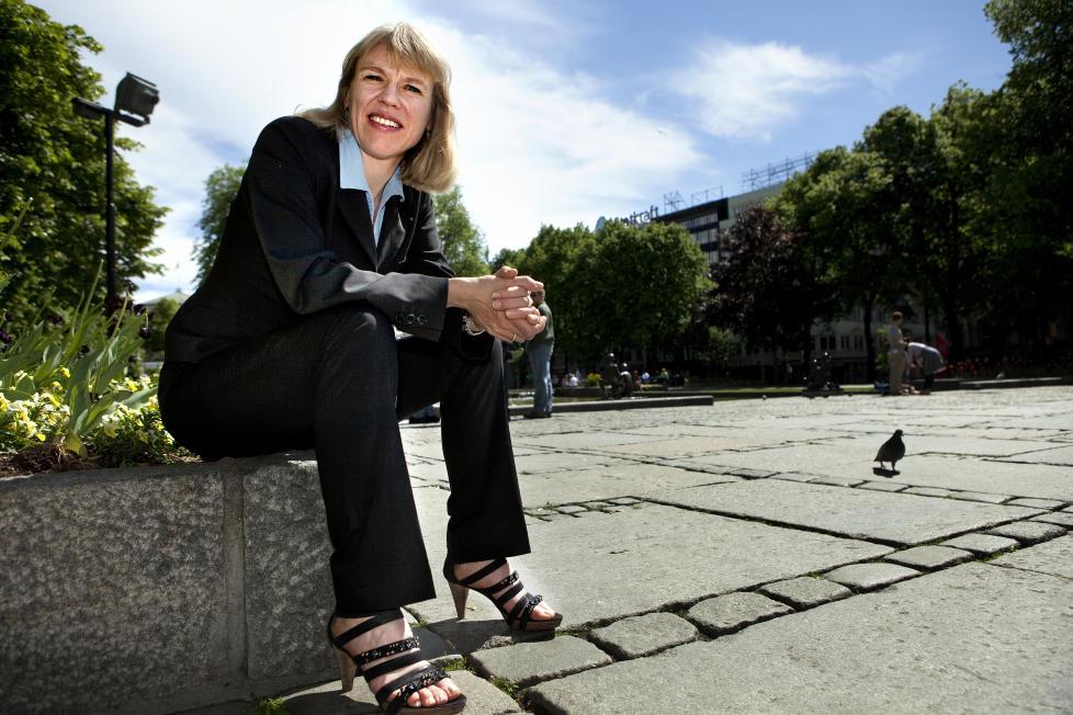 KONTROVERSIELL: Mange i norsk kulturliv er sv�rt kritiske til hvordan Anniken Huitfeldt l�ser sin jobb. Men kulturministeren har ikke som m�l at alle skal like hennes beslutninger. Foto: Anders Gr�nneberg