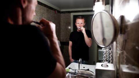 Pusset og klar: Jo Nesb� skal promoteres i Amerika.  The next Stieg Larsson blir han kalt. Foto: Lars Myhren Holand