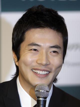 SPILLER APE: Den s�r-koreanske skuespilleren Kwon Sang-woo gj�r stemme p� den samme karakteren som Madcon-Tshawe i den amerikanske versjonen av filmen. Foto: Lee Jin-man/AP/Scanpix