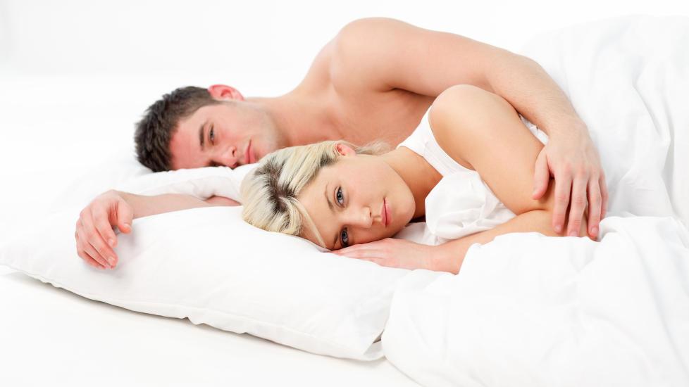 NY FORSKNING:  S�vnmangel kan f�re til tr�bbel i ekteskapet — s�rlig om det er kvinnen som er den s�vnl�se parten.