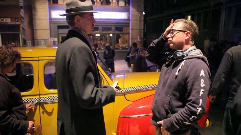 AUTENTISK: Regissør Espen Sandberg gir instrukser til hovedrolleinnehaver Pål Sverre Valheim. Foto: Nordisk film